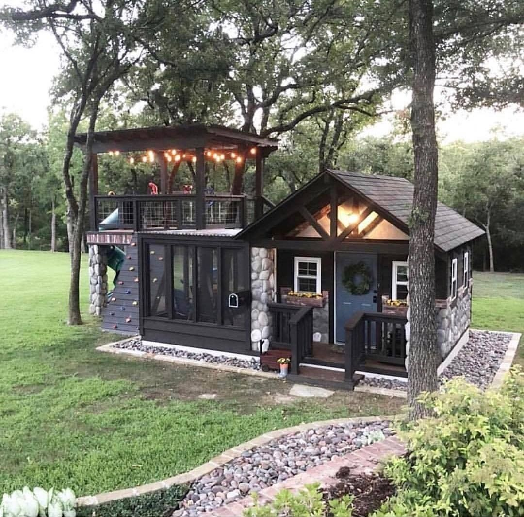 Farmhouse Is My Style On Instagram Best Playhouse Ever With A Super Cute Farmhouse Design Photo Cre In 2020 Backyard Guest Houses Best Tiny House Backyard House