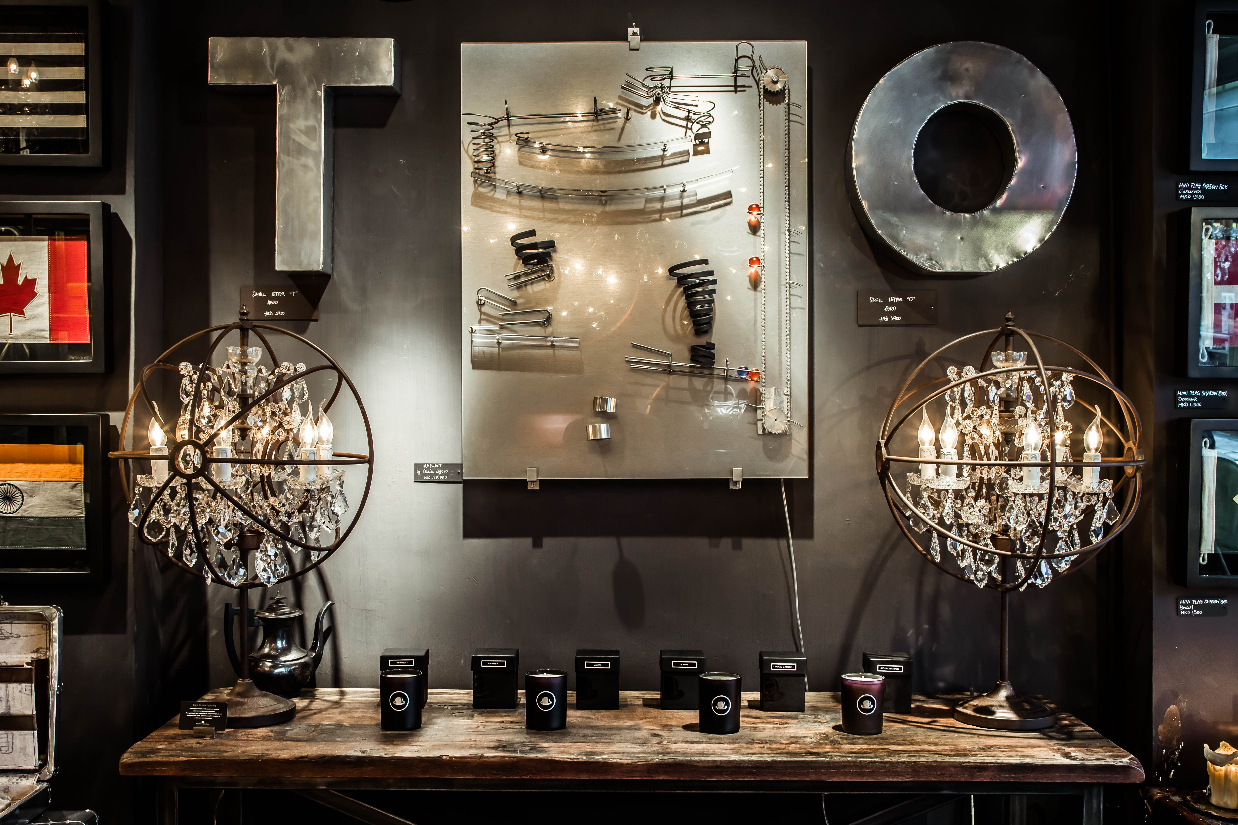 Timothy Oulton Gyro Crystal Lamp Http Www Timothyoulton Com Usa En Gyro Crystal Table Lamp Html Crystal Table Lamps Space Decor Table Lamp