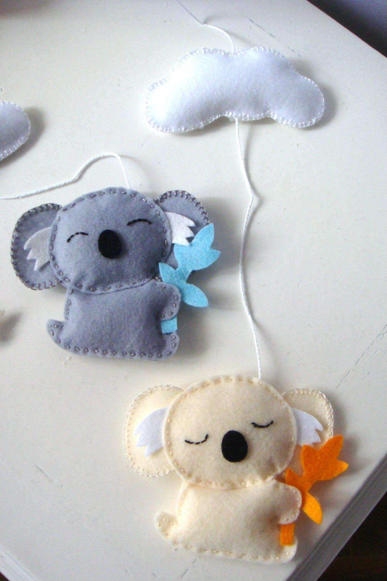 Koala baby nursery mobile. Déco Chambre Bébé, Chambre Enfant, Mobile Bébé,  Patron 37c78affee4