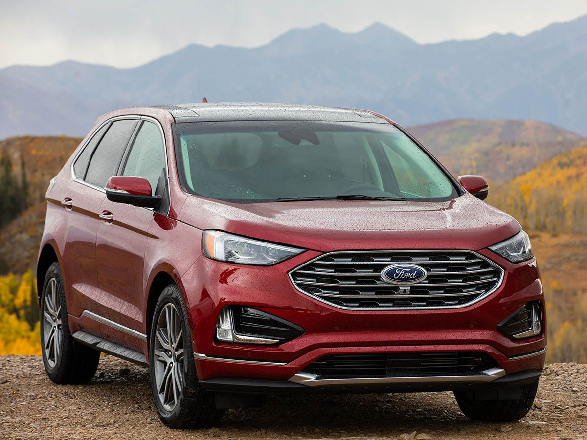 Happy Holdays! look at this 2019 Ford explorer with a