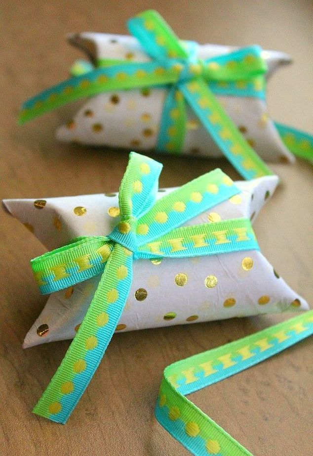 Mini Gift Boxes Out Of Toilet Paper Rolls Paper Roll Crafts
