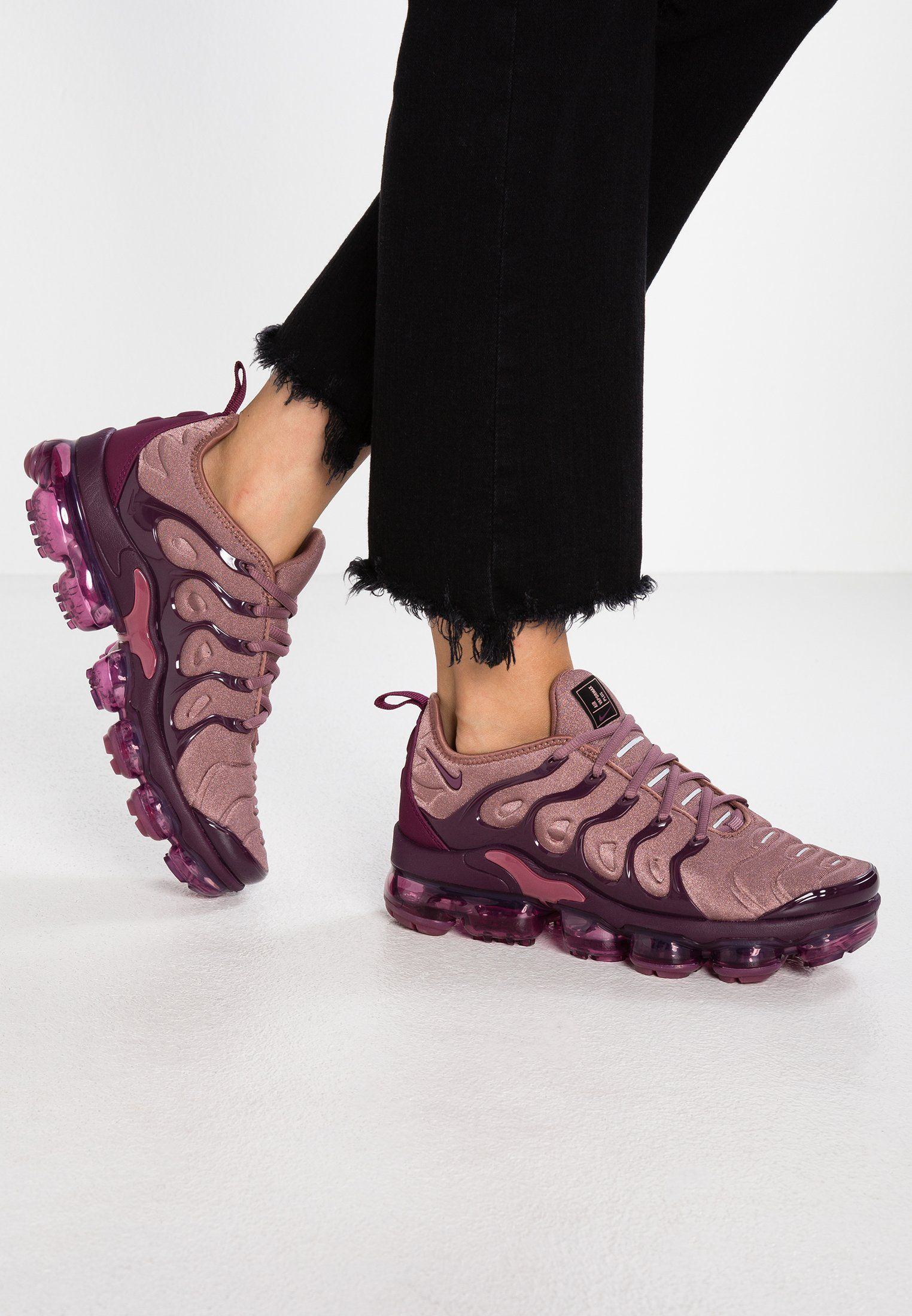 low priced a0bcd 8f2b9 VAPORMAX PLUS - Sneakersy niskie - smokey mauve/bordeaux ...