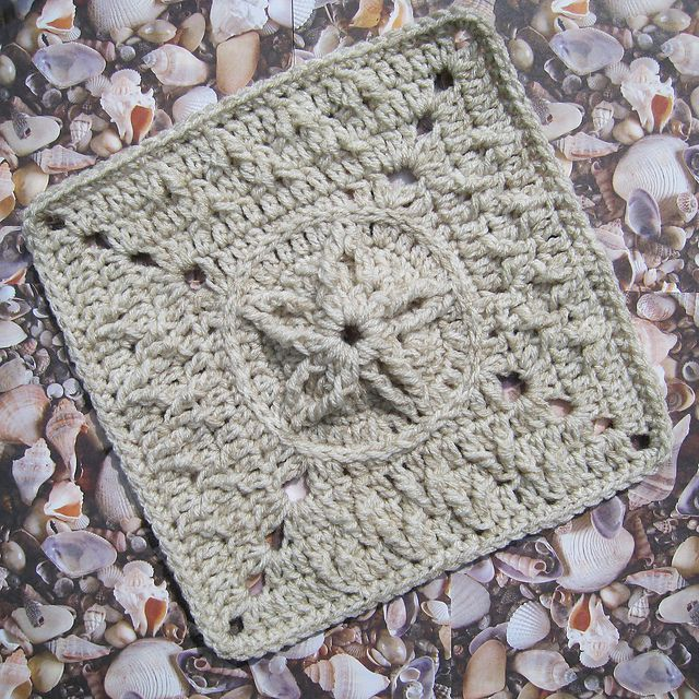 rebby\'s Sand Dollar with Seagull Tracks. Free crochet pattern by ...