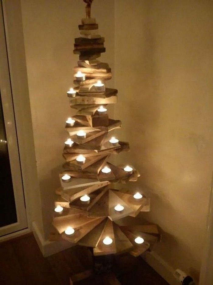 100 Diy Pallet Ideas For Projects That Bulid Are Easy To Make And Sell Pallets Platform Pallet Christmas Tree Pallet Christmas Diy Christmas Lights