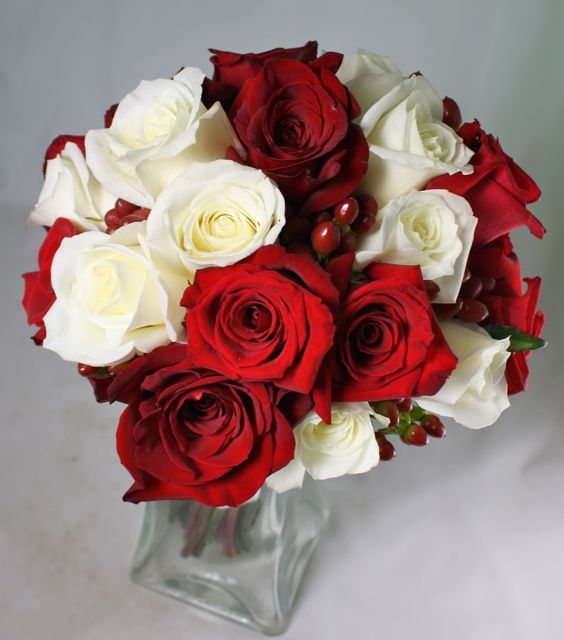 Red And White Roses Wedding Flowers