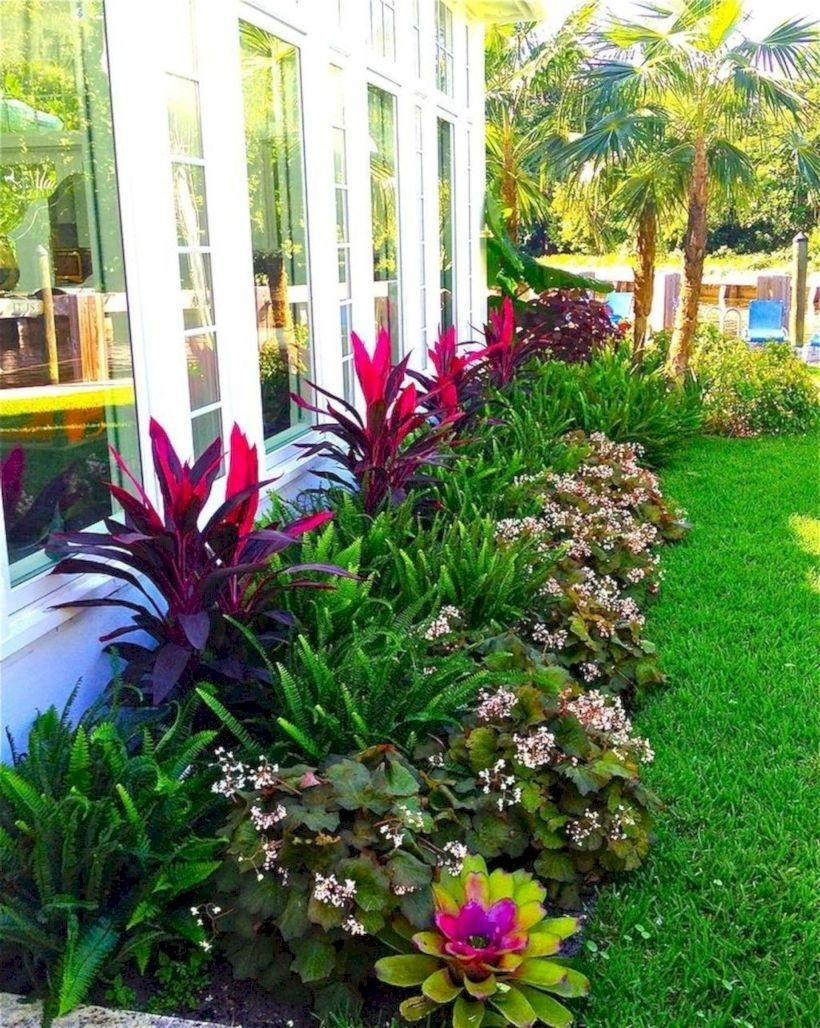 Simple Front Yard Landscaping Ideas On A Budget 17 Front Yard Landscaping Design Outdoor Landscaping Front Yard Garden
