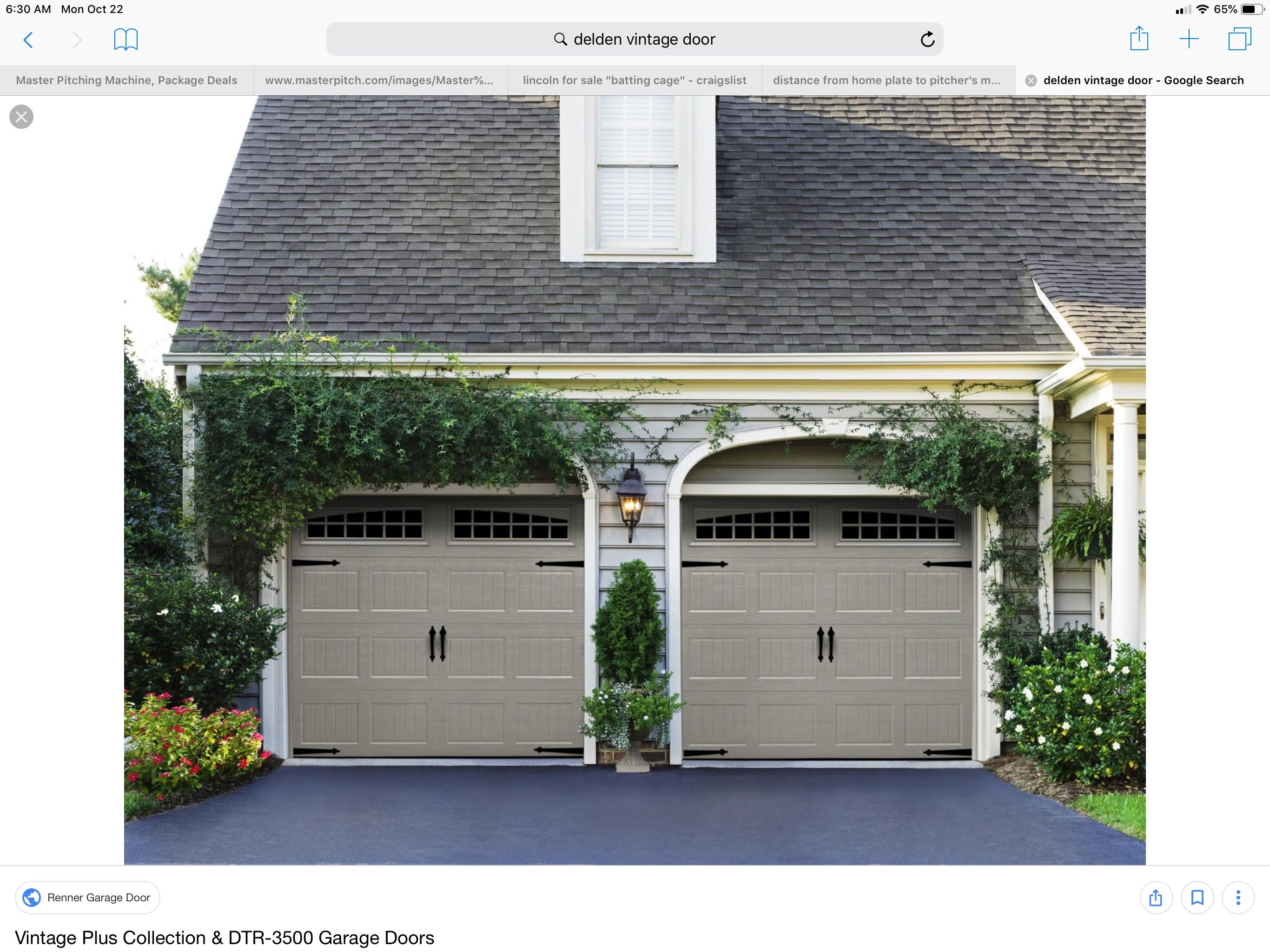 Pin By Elizabeth Mortimer On New House Build Garage Door Styles Carriage Style Garage Doors Garage Door Colors