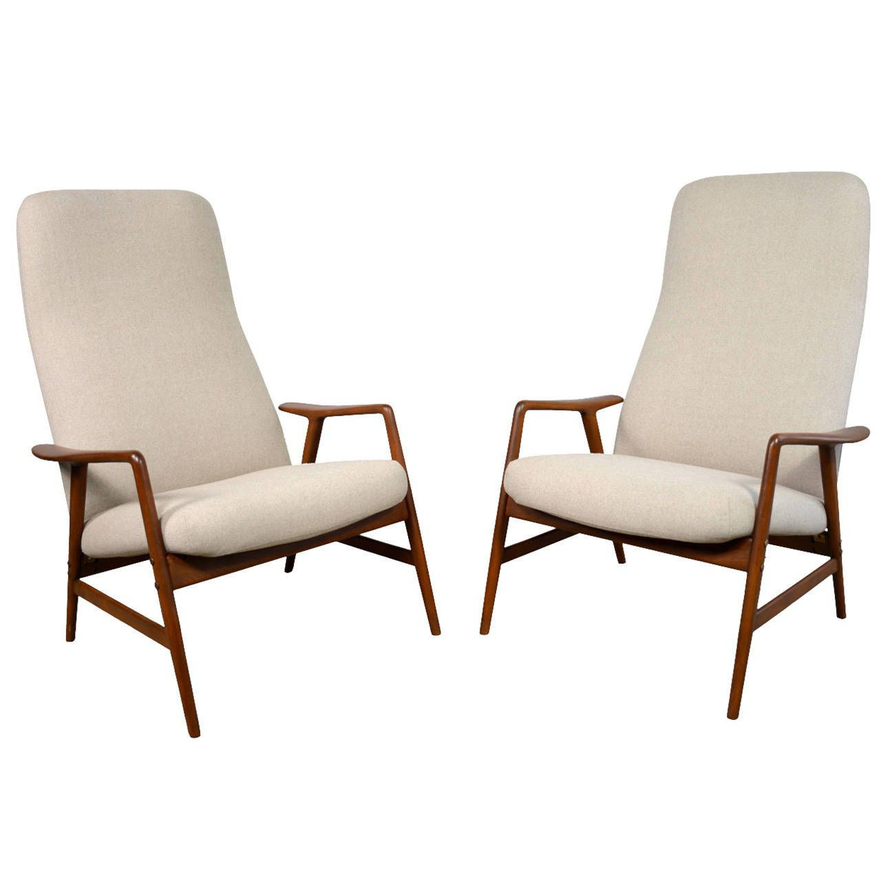 Alf Svensson Pair Of Danish Modern Reclining Lounge Chairs For Dux