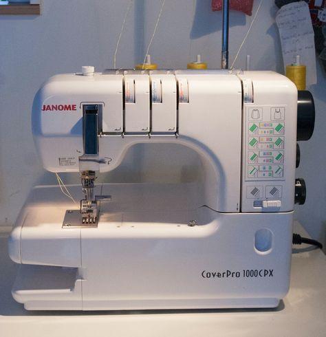 I oktober 2011 köpte jag en Janome Coverpro 1000 cpx. Det är en ren ...