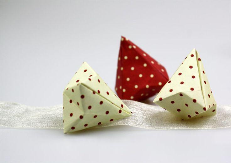 Photo of Ein Origami-Diamant ist eine schöne Dekoration für Partys oder zu Hause. Wie… …