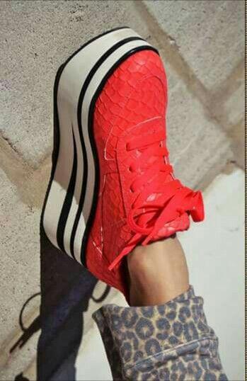 Zapatillas color Coral con plataforma