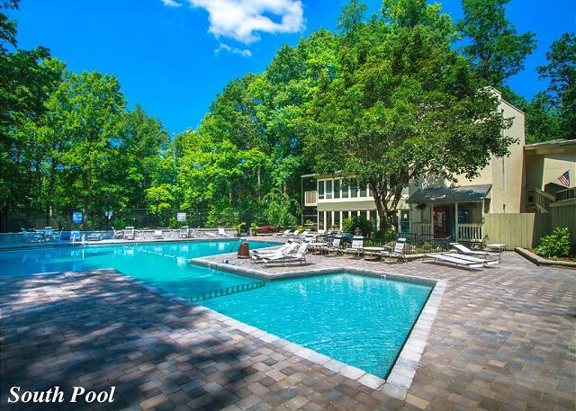 Bear Huggins is a short drive to the Chalet Village Owner's Club giving you access to the resort pools and clubhouse!