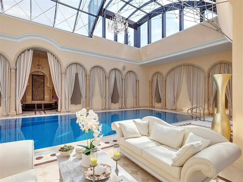 Sprawling 27 000 sq ft russian mansion lists for 80 for Mansion house plans with indoor pool