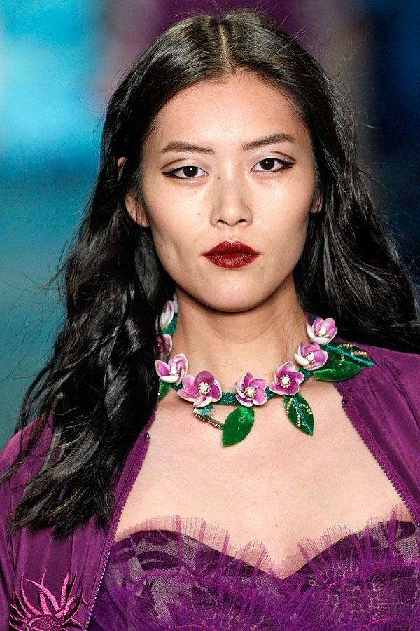 The Most Shocking 2016 Hair Trend: Giving A Shit #refinery29  http://www.refinery29.com/2016/01/100231/polished-hairstyle-trends#slide-7  High-Shine Waves At Anna SuiAnna Sui's models had glossy waves that were polished, but not precious. Create or define waves on the bottom half of your hair, then set with a generous helping of high-shine hairspray or glossing spray. ...