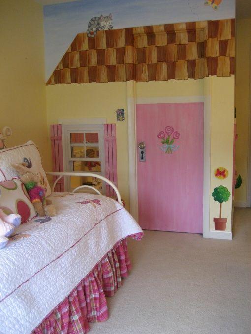 Little girls bedroom with walk in closet playhouse a for Kids room doorbell