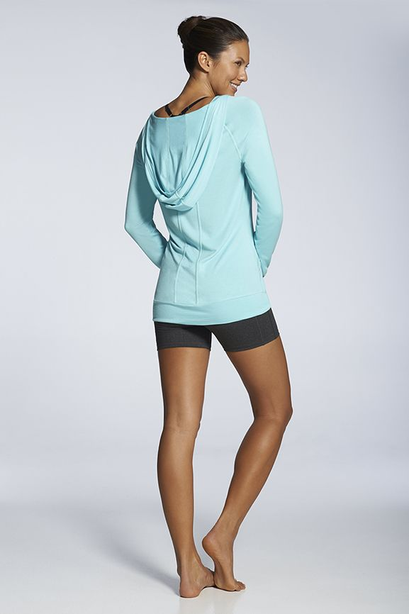 workout hoodie put with yoga pants for winter workout. | #BlackFriday Deal - first outfit is only $25!