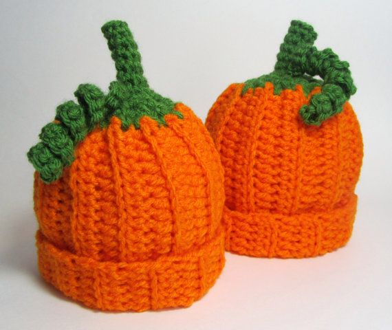I need to learn how to make me some pumpkin hats!