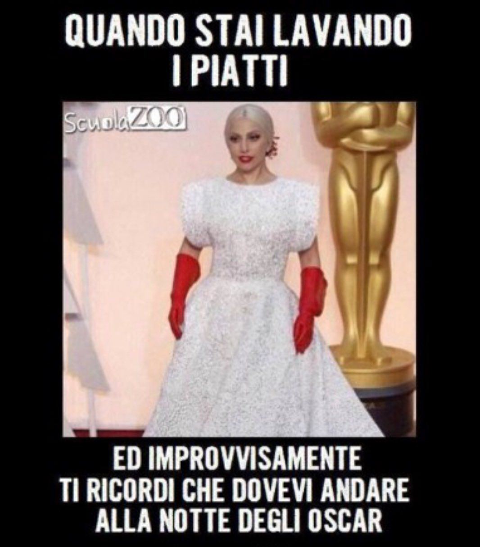 Mi Piace 1 258 Commenti 32 Meme Divertimento Mortidalridere Su Instagram In 2020 Funny Video Memes Some Funny Jokes Italian Memes
