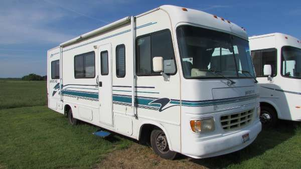 For Sale 1997 Thor Motor Coach Four Winds Intl Hurricane 27r
