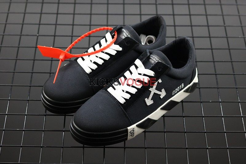 5da0326ee1a8 Virgil Abloh Off-White Vulc Low Top Sneakers Black