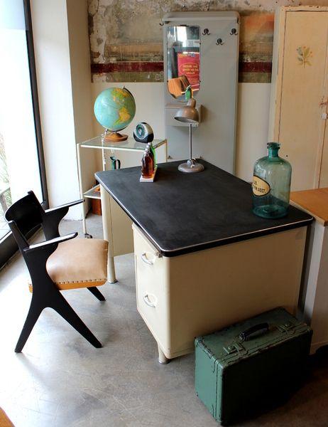 Schreibtisch 50Er Jahre 2021