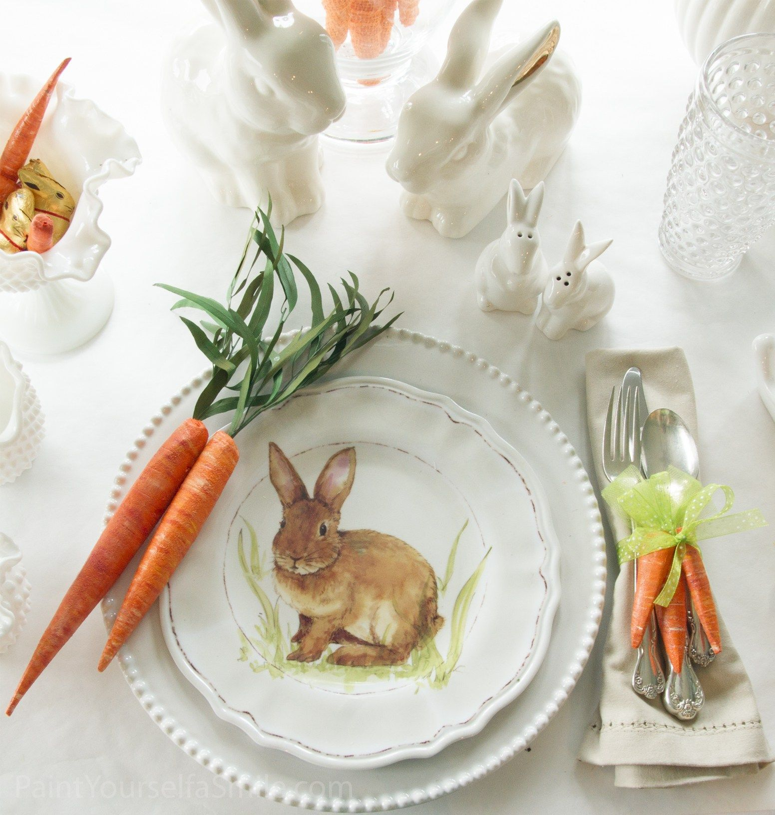 DIY Easter Décor & Napkin rings - These napkin rings are ADORABLE!