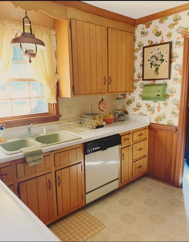 Remodel & Decorate in Mid Century Style