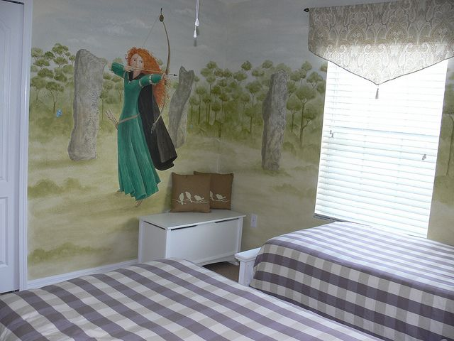 Gorgeous Tangled Themed Guest Rooms At Tokyo Disneyland: Disney Brave Themed Bedroom