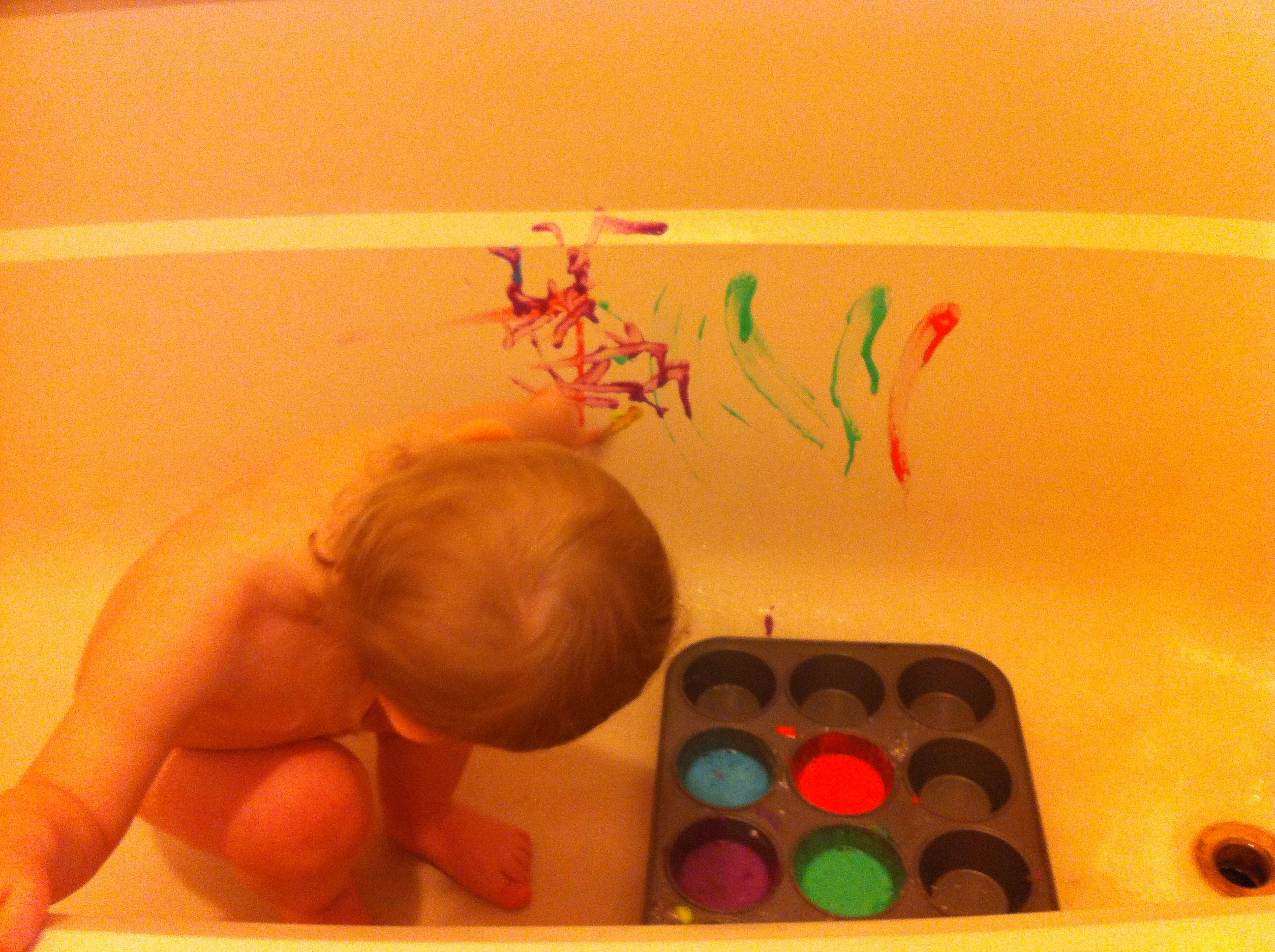 Bath paint homemade 1 TB corn starch 2-3 drops food color 2-3 TB water