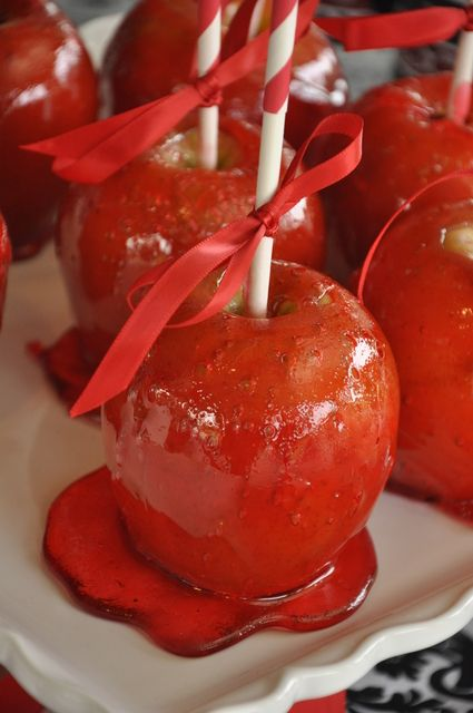 Twilight Theme Birthday Party Ideas Photo 1 Of 42 Kids Party Snacks Party Snacks Candy Apples