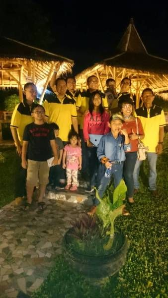 Batam Club Chevrolet Spin Indonesia Wilayah Batam A K A Csi Batam Menggelar Acara Buka Puasa Bersama Di Saung Sunda Sawargi Batam Cente Batam