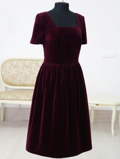 7f21aca6795 Бордовое бархатное платье