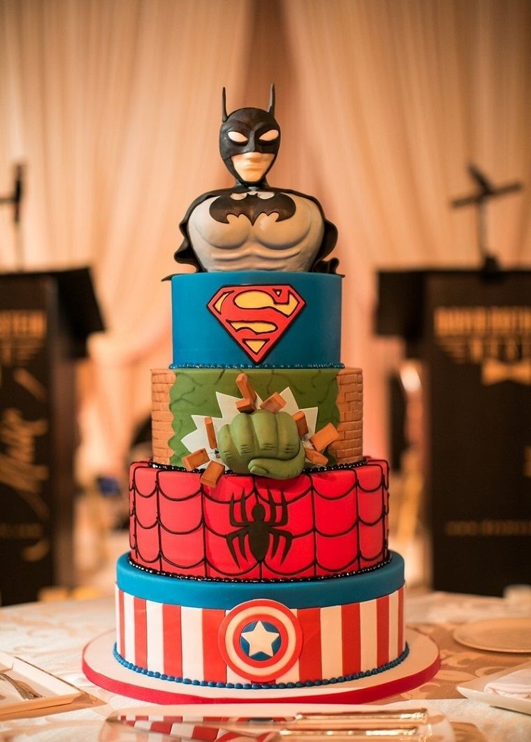Superheros Batman Superman Uomo Ragno Hulk Capitan America