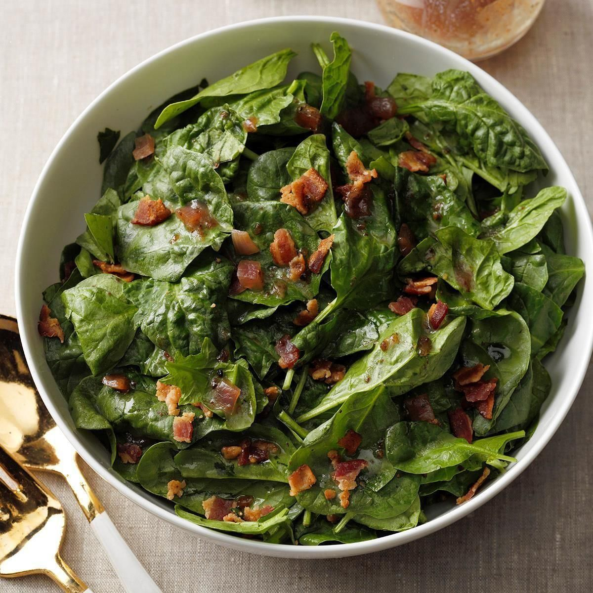 Spinach Salad with Hot Bacon Dressing  - Fall recipes -Hearty Spinach Salad with Hot Bacon Dressing