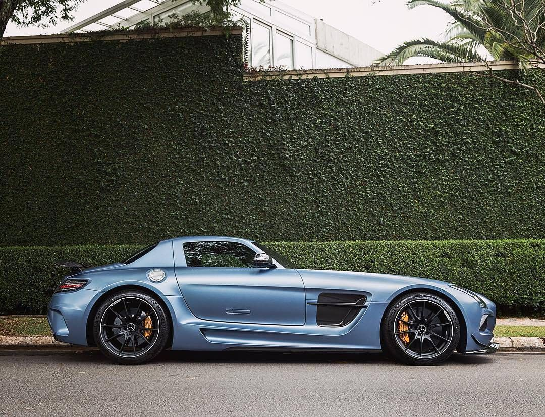 mercedes amg sls black series follow we feature all the. Black Bedroom Furniture Sets. Home Design Ideas