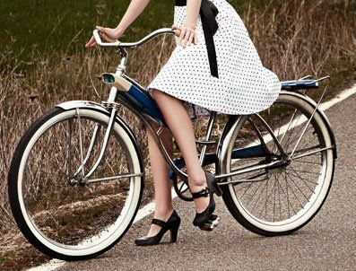 Innovative Women Lead The Urban Bicycle Trend Urban Bicycle