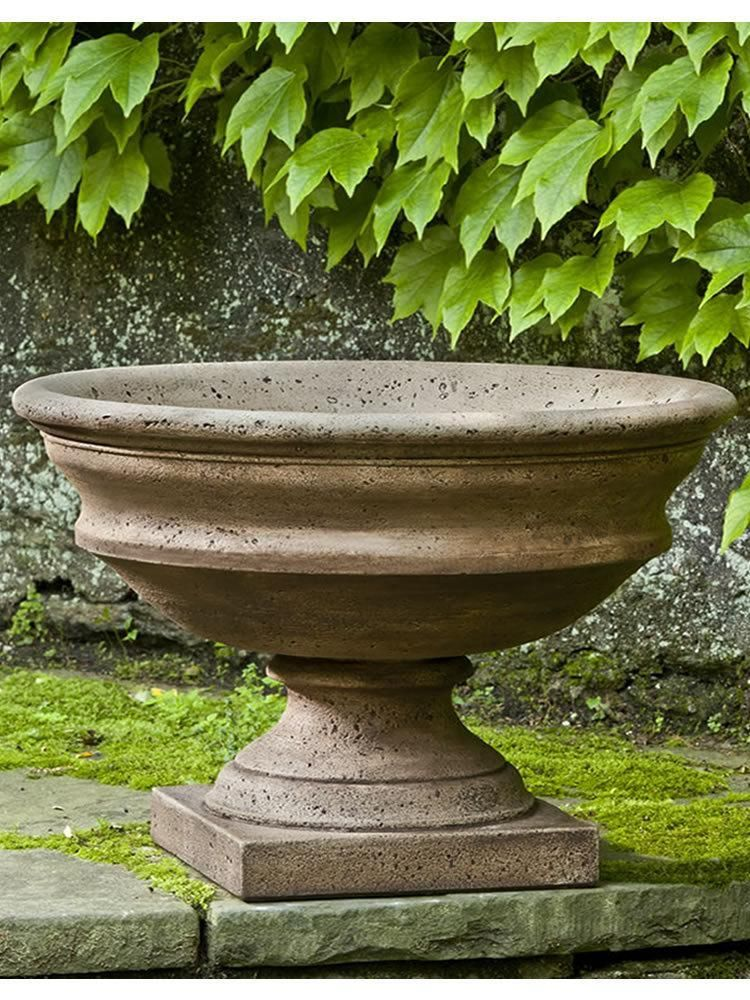 Newberry Urn Garden Urns Urn Planters Diy Garden Fountains 400 x 300