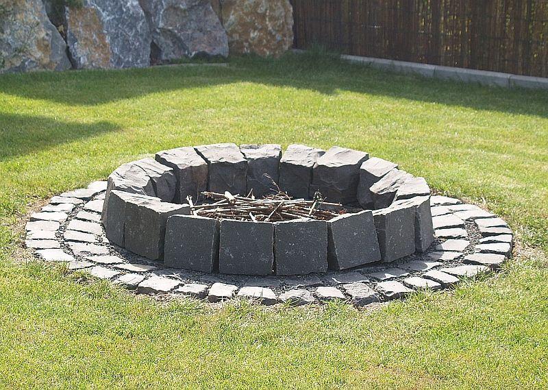 Bildergebnis Für Offene Feuerstelle Im Garten