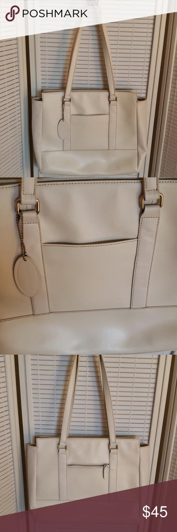 "Wilson Leather Bag 13"" x 12"" x 3"", shoulder strap xrop 12"