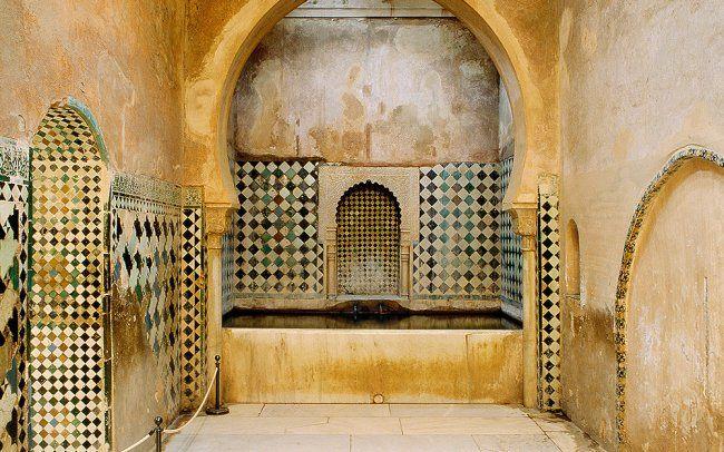 Baños De La Alhambra | Banos Reales Del Palacio De Comares En La Alhambra Son Los Unicos