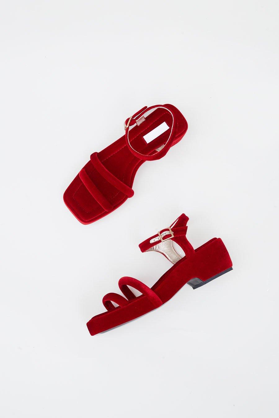 713c68e79d5b Suzanne Rae Puffy Strap Platform Sandal in Red Velvet
