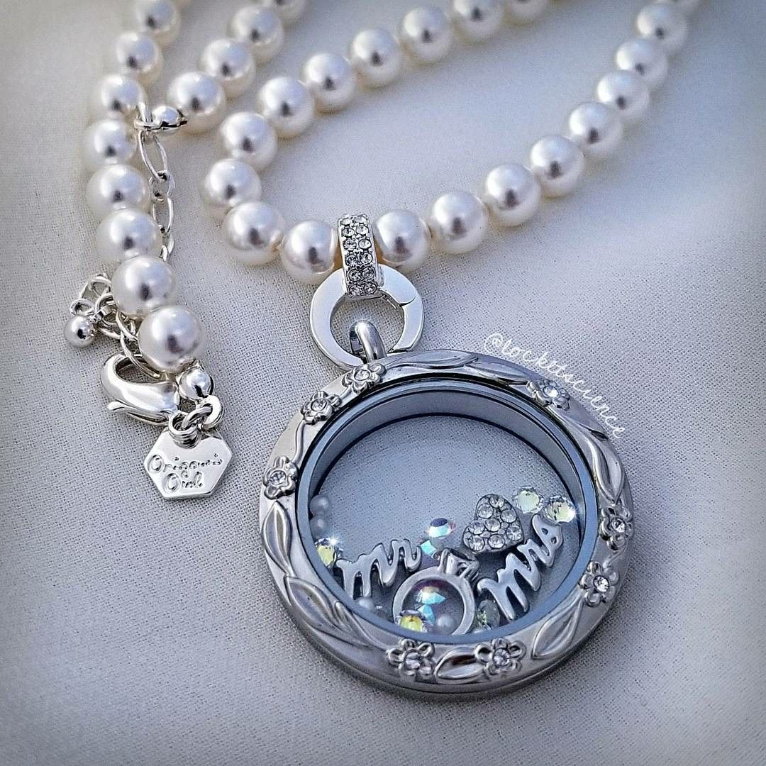 How to build an Origami Owl Living Locket. Order yours at www ... | 1080x1080