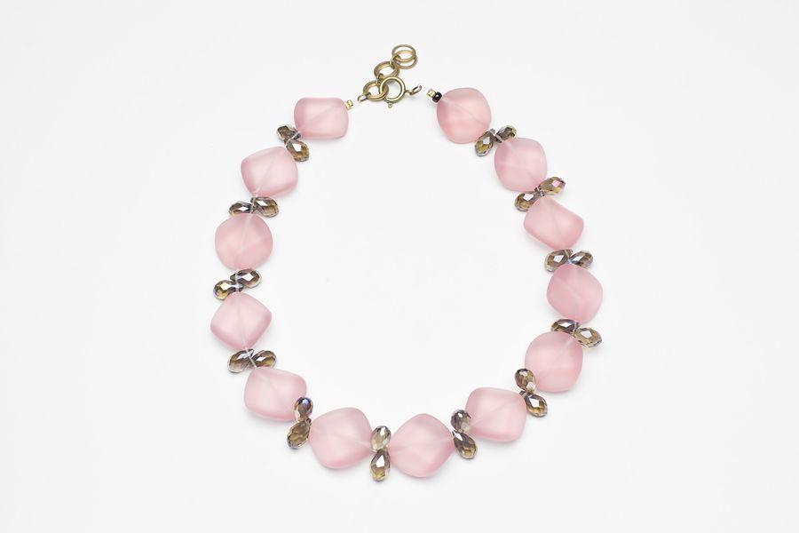 Zarte Rosétöne für den Frühling #handmade by #langani http://www.langani.de/kollektion/  #newcollection #necklace #pearls #schmuck #perlenkette #frühling #spring #jewelry