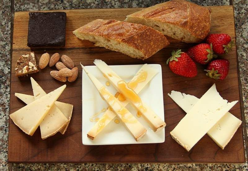 Take a taste tour of these Southern Oregon food producers. (Perfect for visitors.)