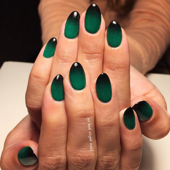 Dark Color To Black Gradient Idea Green Nails Teal Nails Green Nail Designs