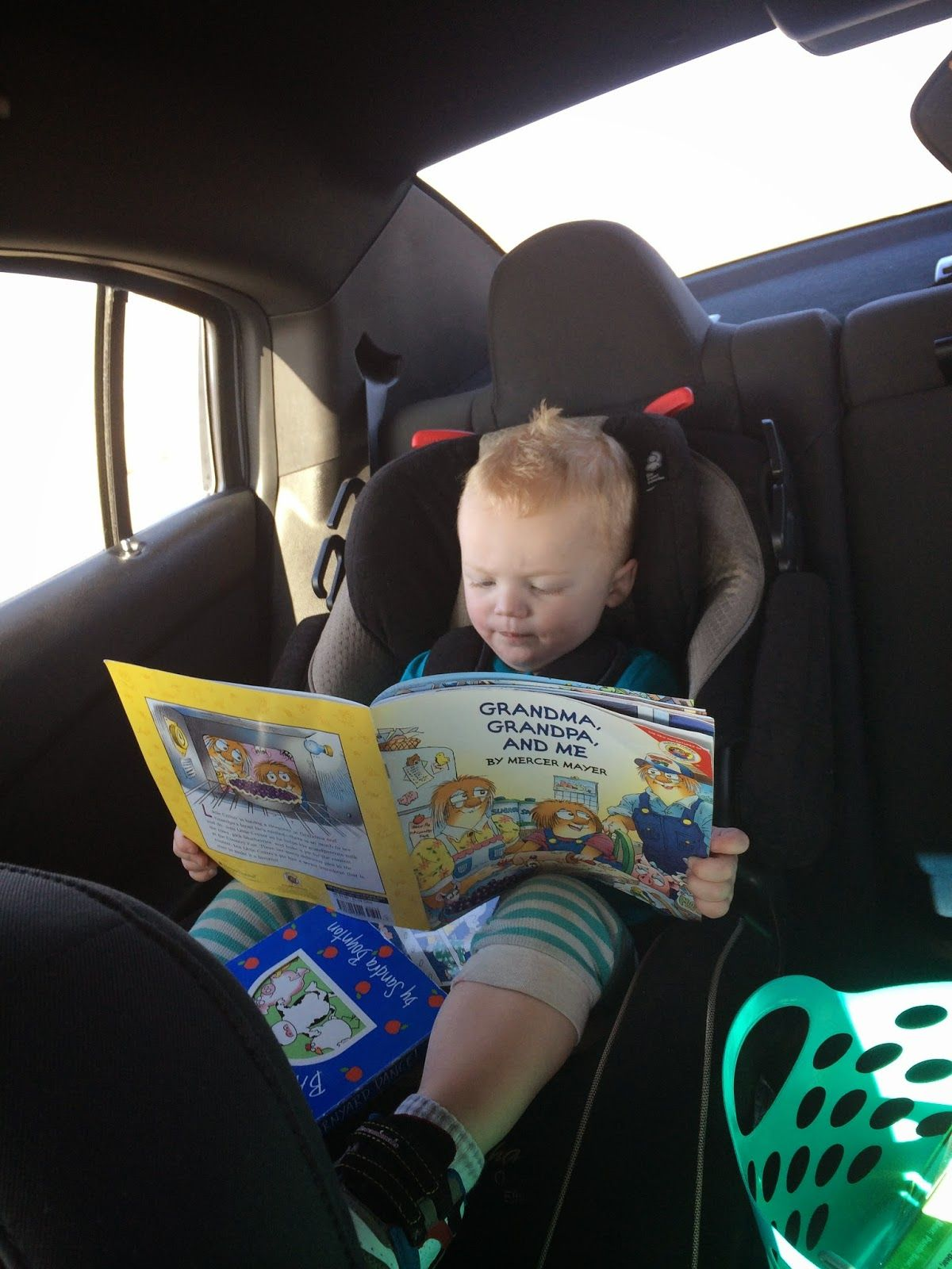 Tips for Road Tripping with 2 Kids Under Two.