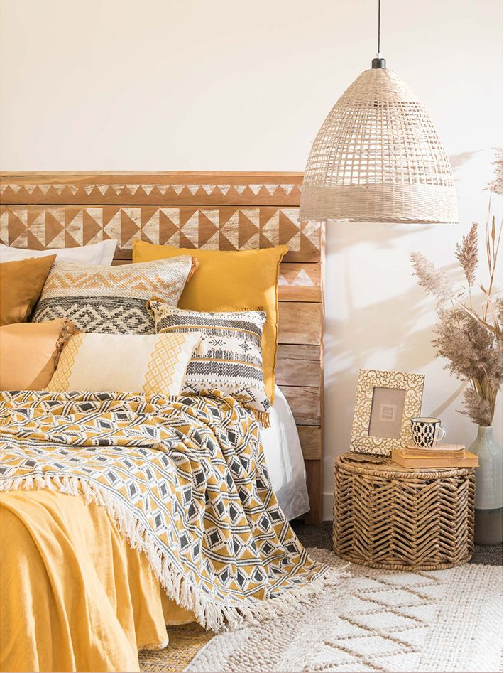 chambre ethnique chic boh me deco jaune et grise tendance hacienda la d co ne perd pas le sud ah. Black Bedroom Furniture Sets. Home Design Ideas
