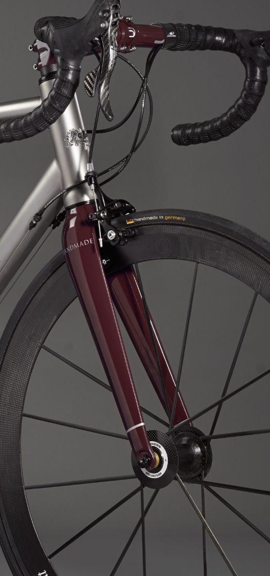 Comtat Sartorial ti custom made bike