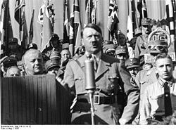 Adolf Hitler – 1935