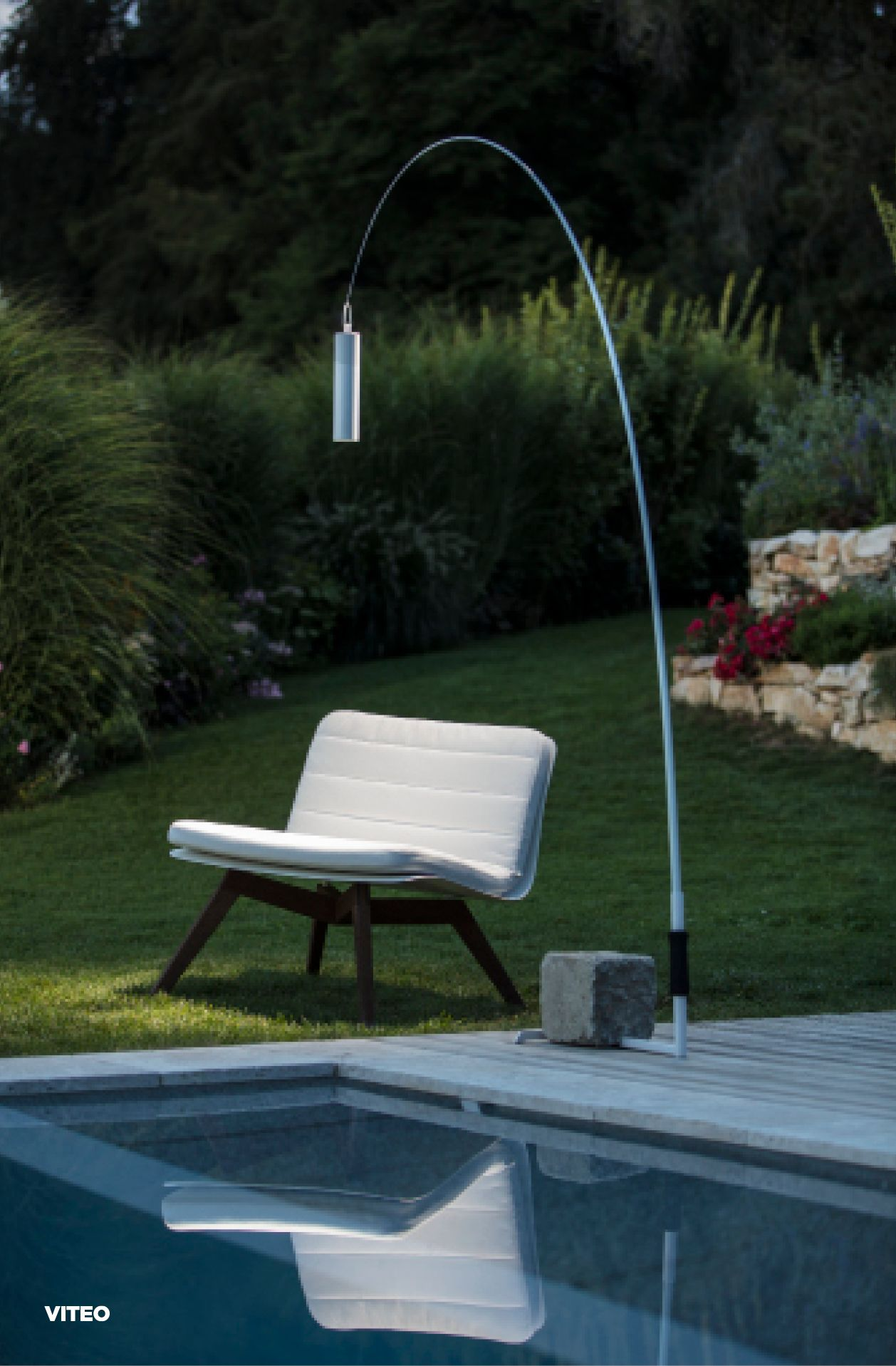 Wanda Wanda Creates A Floating Light Element In Your Outdoor Area
